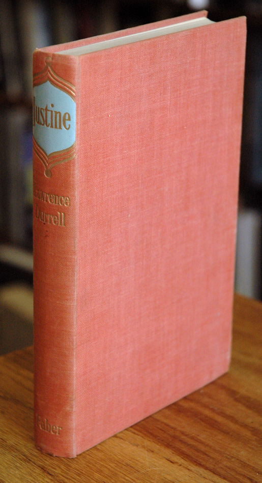 Justine. Lawrence Durrell.